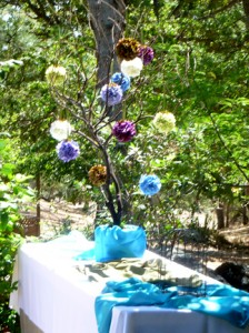 flower pom-pom tree