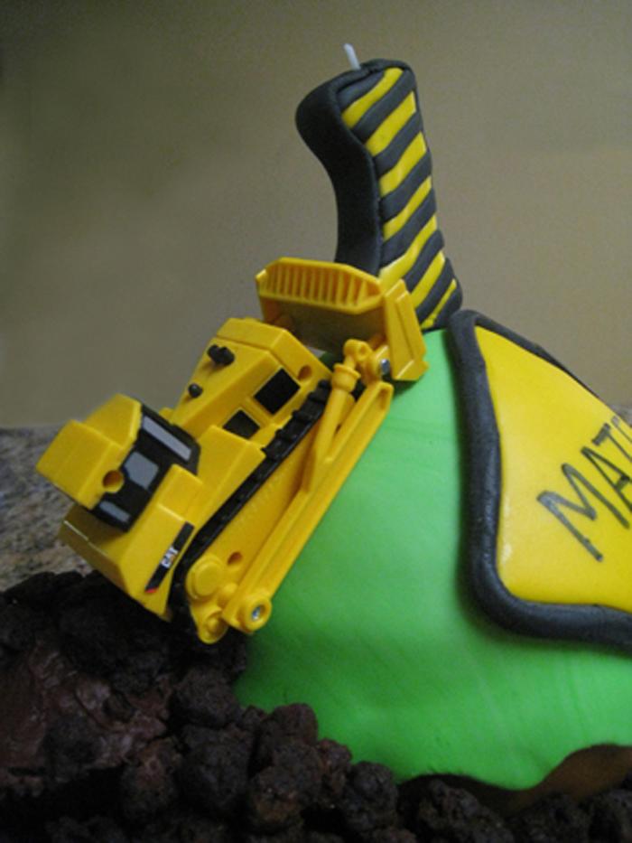 Cupcake Construction Cake