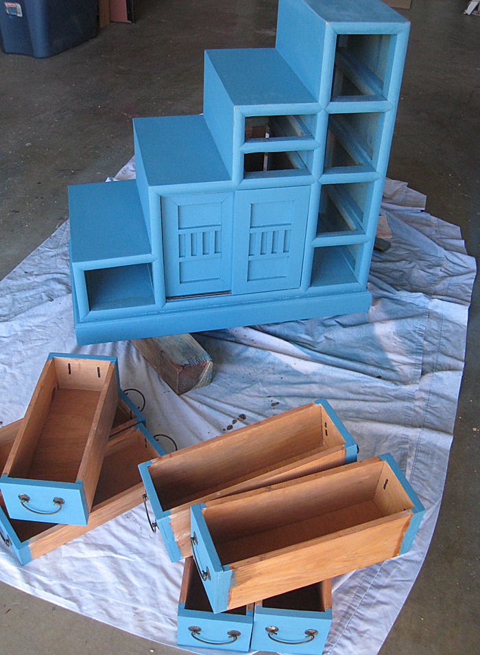 Re-Doing the Tansu