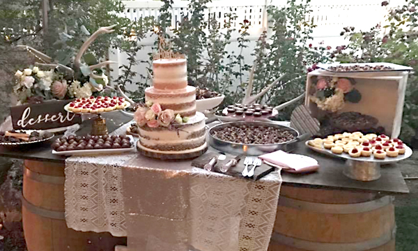 "Rustic ""Naked"" Wedding Cake"